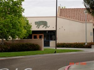Picture of the front of Carmel Creek School