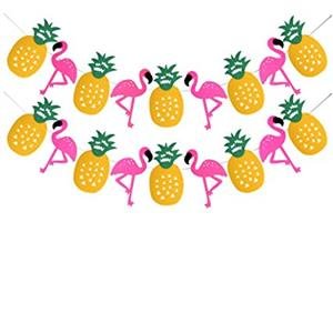 pineapples and flamingos